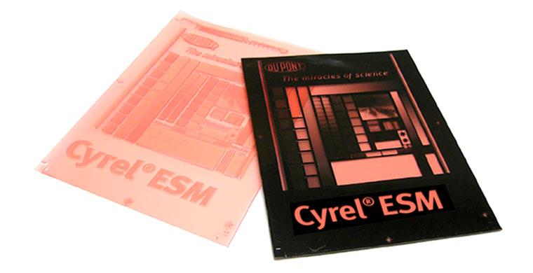 Fabrication de clichés photopolymères pour impression en flexographie